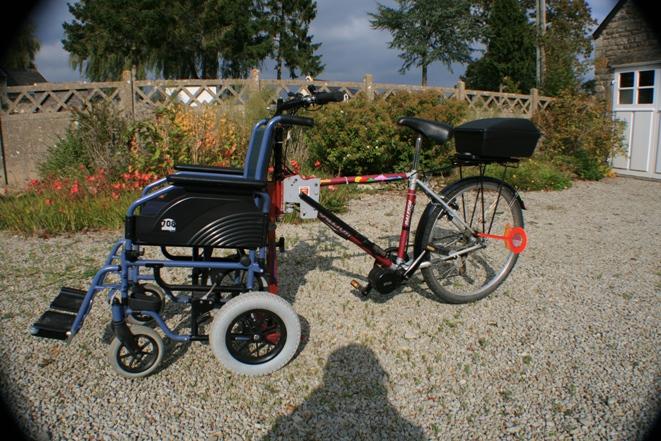 un fauteuil v lo lectrique quip d 39 un kit moteur p daliers bafang cycloboost. Black Bedroom Furniture Sets. Home Design Ideas