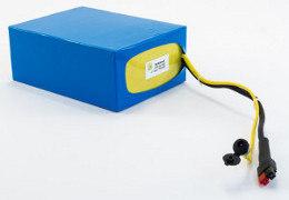 Des batteries à mettre dans une sacoche, un top case ou dans le sac à dos